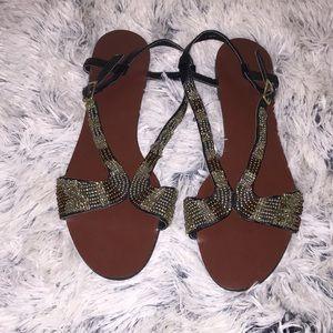 ❣️Banana Republic❣️Vegan Leather beaded Sandals